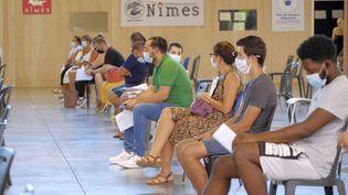 Le centre de vaccination contre le Covid-19 au parc des expositions à Nîmes (Gard), le 18 août 2021. (GIACOMO ITALIANO / HANS LUCAS / AFP)