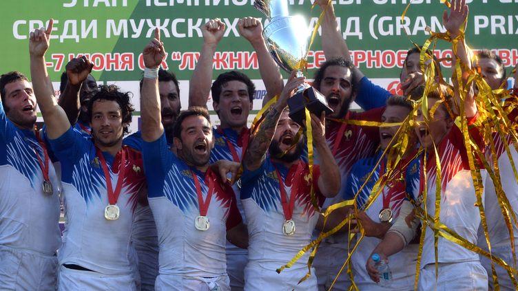 Les Bleus ont remporté la première des trois manches du Championnat d'Europe (VASILY MAXIMOV / AFP)