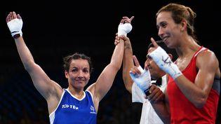 La boxeuse française Sarah Ourahmoune après son huitième de finale, le 12 août 2016 à Rio. (YURI CORTEZ / AFP)