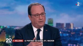 François Hollande sur le plateau du 20 heures de France 2, mardi 10 avril 2018. (FRANCE 2)
