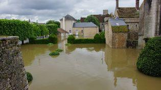 Le centre-ville de Nemours (Seine-et-Marne) est inondé, le 1er juin 2016. (CITIZENSIDE / AFP)