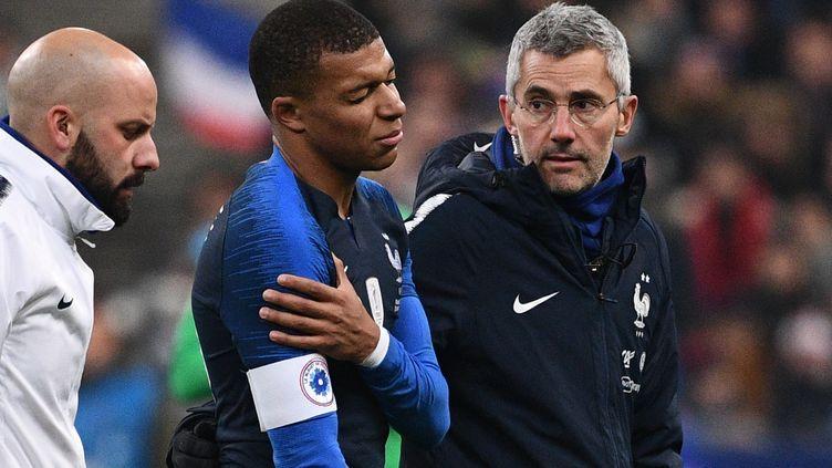 Inquiétude pour Kylian Mbappé (FRANCK FIFE / AFP)