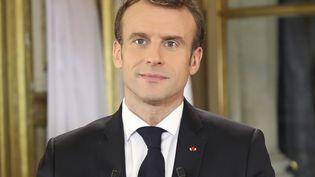 Le président de la République, Emmanuel Macron, lors de son allocution depuis l'Elysée, à Paris, le 10 décembre 2018. (LUDOVIC MARIN / AFP)