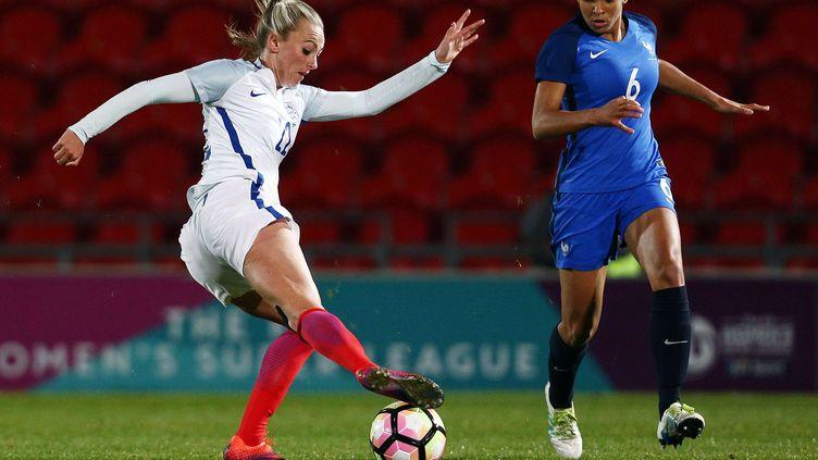 La joueuse de l'équipe de France des U20, Delphine Cascarino (n°6) lors d'un match contre l'Angleterre en octobre dernier (MATT WEST/BPI/SHUTTERST/SIPA / REX)