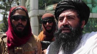 La situation a basculé en Afghanistan dimanche 15 août.Les talibans sont entrés dans Kaboul.Depuis, ils font régner l'ordre dans la ville. (FRANCE 2)
