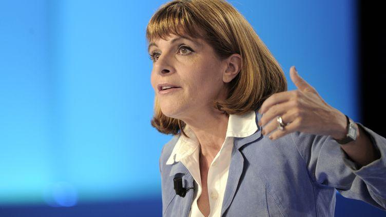 """L'ex-patronne d'Areva, Anne Lauvergeon, au """"Grand Journal"""" de Canal+, le 12 avril 2012. (BERTRAND GUAY / AFP)"""
