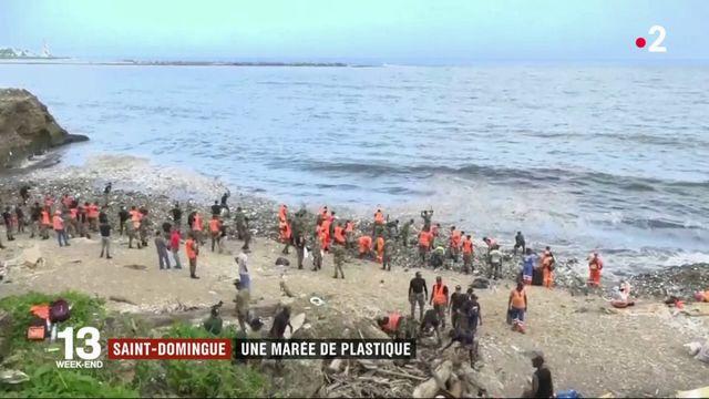 Saint-Domingue : Une marée de plastique sur les plages