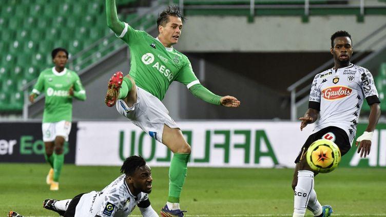 Les Verts n'ont pas remporté un seul match en onze rencontres. (PHILIPPE DESMAZES / AFP)
