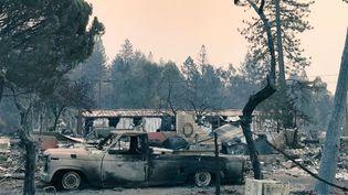 Une vue de la ville de Paradise (Californie) après le passage de l'incendie du 8 novembre 2018. (GREGORY PHILIPPS / RADIO FRANCE)