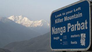 Le Nanga Parbat est photographié depuis Thalichi, dans le nord du Pakistan, le 14 août 2009. (Frank Bienewald / LightRocket / Getty images)