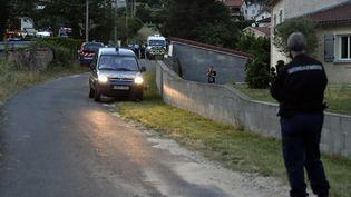 Sur les lieux du drame, le 13 juin 2015 à Bas-en-Basset (Haute-Loire). (  MAXPPP)