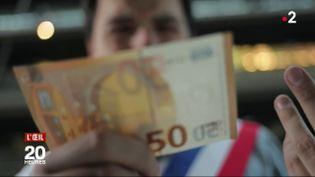 Un campagnard vaut-il deux fois moins qu'un citadin aux yeux de l'Etat ? (FRANCE 2 / FRANCETV INFO)