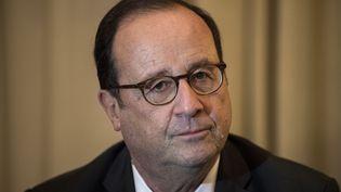 François Hollande, à Athènes, en Grêce, le 15 novembre 2018. (ANGELOS TZORTZINIS / AFP)