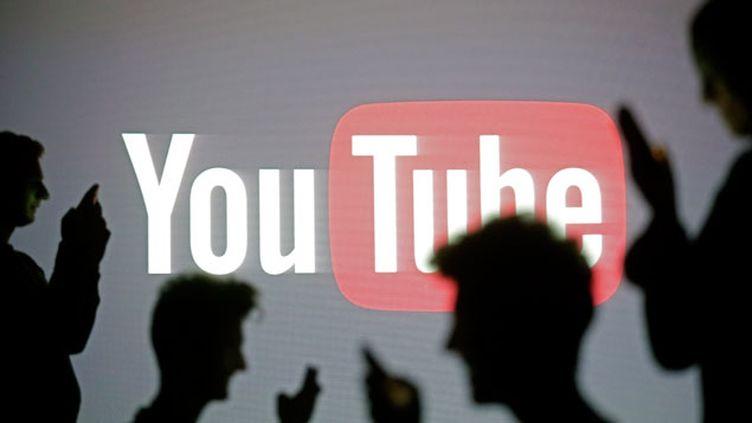 (Le hacker a préféré prévenir YouTube de la faille plutôt que de l'exploiter © REUTERS / Dado Ruvic)