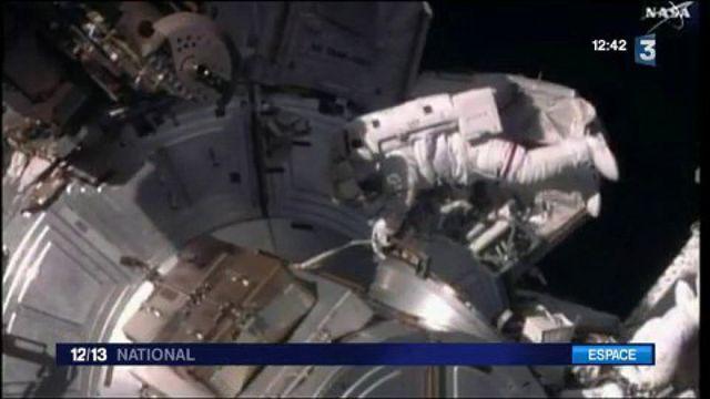 Espace : première sortie extravéhiculaire pour Thomas Pesquet