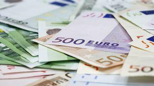 """L'Etat espère récupérer """"plus d'un milliard d'euros"""" grâce à ces demandes de régularisation fiscale. (JUDITH HAEUSLER / GETTY IMAGES)"""