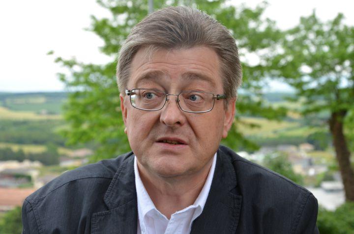Michel Guiniot, le 19 juin à Monflanquin (Lot-et-Garonne). (THOMAS BAIETTO / FRANCETV INFO)