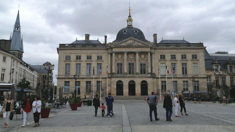 L'hôtel de ville de Châlons-en-Champagne (Marne). (CYRILLE ARDAUD / RADIO FRANCE)
