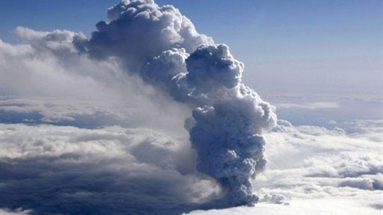 Le volcan Eyjafjöll (AFP - Photos Halldor Kolbeins (sauf la 1ere Arni Saeberg))