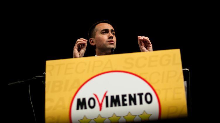 Luigi Di Maio, président du Mouvement 5 étoiles, lors d'un meeting à Naples (Italie), le 12 février 2018. (PAOLO MANZO / NURPHOTO / AFP)