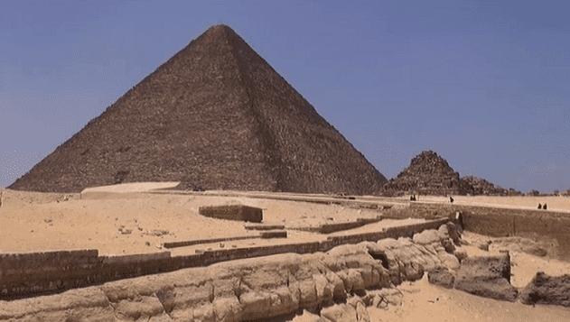 La Grande Pyramide  (France 3)