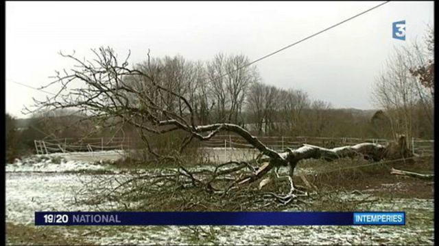 Tempête d'hiver : plus de 110 000 foyers encore privés d'électricité