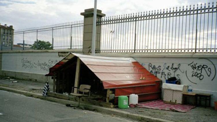 Un logement précaire à Paris (Getty Images / Dejan)