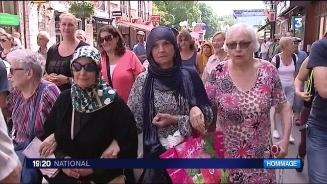 Saint-Etienne-du-Rouvray : chrétiens et musulmans main dans la main
