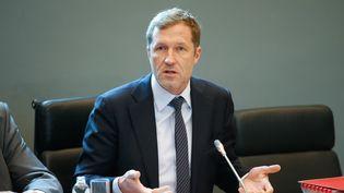 Paul Magnette, le président-ministre wallon, lors d'une réunion autour du CETA, au parlement à Namur en Belgique, le 21 octobre 2016. (BRUNO FAHY / BELGA MAG)