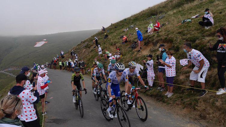Les spectateurs du Port de Balès sur le Tour de France, le 5 septembre 2020
