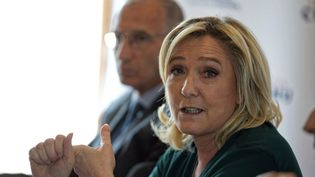 La présidente du Rassemblement national, Marine Le Pen, à Quesnoy (Nord), le 9 avril 2021. (SYLVAIN LEFEVRE / HANS LUCAS / AFP)