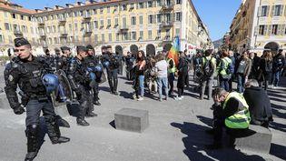 Sur la placeGaribaldi, à Nice (Alpes-Maritimes), le 23 mars 2019. (VALERY HACHE / AFP)