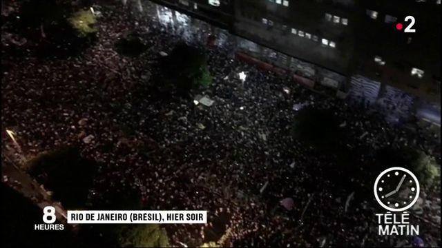 Brésil : la rue conteste la politique de Bolsonaro