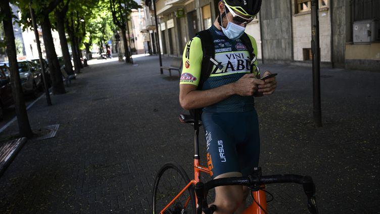 L'équipe Vini Zabu dans la tourmente après plusieurs cas de dopage (MARCO BERTORELLO / AFP)