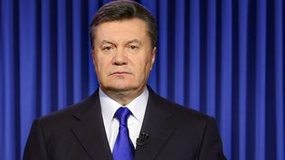 Viktor Ianoukovitch, le présient ukrainien déchu, photographié ici le 19 février 2014 lors de l'enregristrement télévisé d'un message à la nation. (PRESIDENTIAL PRESS-SERVICE POOL / AFP)