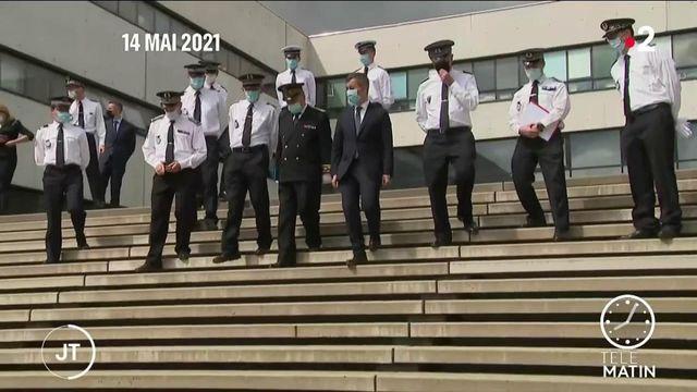 Les policiers manifestent, soutenue par la gauche, le RN et leur ministre