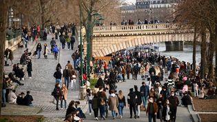 Les quais de Seine, lesamedi 20 février 2021 (ANNE-CHRISTINE POUJOULAT / AFP)