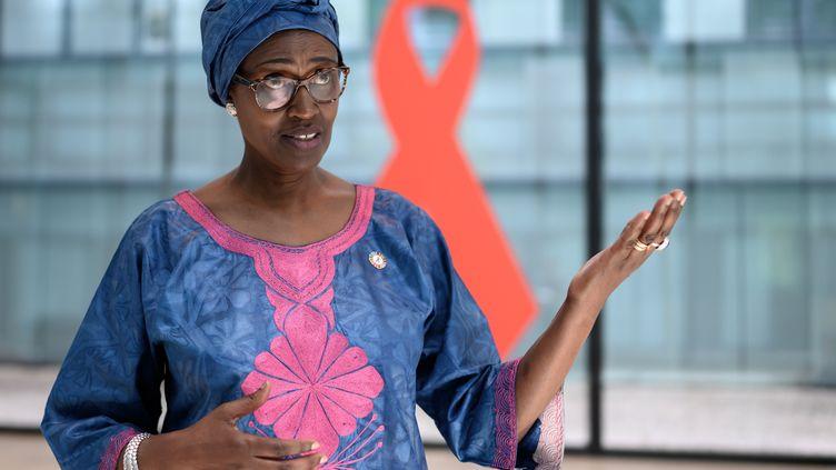 Winnie Byanyima, directrice exécutive de l'Onusida, le 3 juillet 2020 à Genève (Suisse). (FABRICE COFFRINI / AFP)