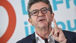 Le leader de La France insoumise, Jean-Luc Mélenchon, lors d'une conférence de presse, le 19 octobre 2018, à Paris. (ERIC FEFERBERG / AFP)