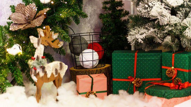 Que faire en cas de cadeaux défectueux ? Ou si on a acheté des vêtements à la mauvaise taille sur Internet ? (GETTY IMAGES / CAVAN IMAGES RF)