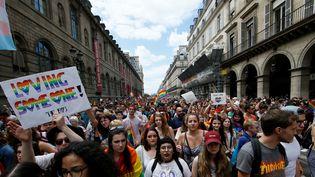 La Marche des fiertés à Paris, samedi 24 juin 2017. (GONZALO FUENTES / REUTERS)