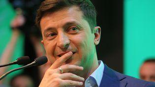Volodymyr Zelensky donne une conférence de presse après sa victoire à l'élection présidentielle, à Kiev (Ukraine), le 21 avril 2019. (SPUTNIK / AFP)