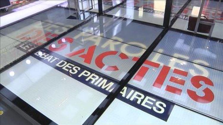 """Le plateau de l'émission """"Des paroles et des actes, le débat des primaires"""". (FranceTV)"""