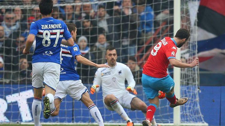 Gonzalo Higuain encore buteur contre la Sampdoria (MARCO BERTORELLO / AFP)
