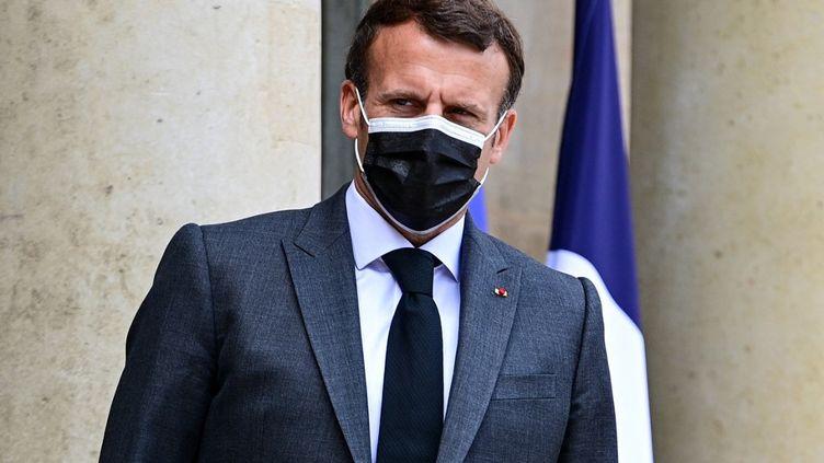Le président de la République, Emmanuel Macron, le 21 mai 2021 au palais de l'Elysée, à Paris. (MARTIN BUREAU / AFP)
