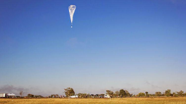 (Un de ces fameux ballons, largué au Brésil cet été © Google)