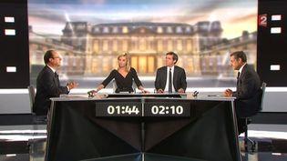 Les deux candidats sur le plateau, le 2 mai 2012. (FRANCE 2 / AFP)