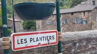 L'entrée du village cévenol. (GRÉGORY JULLIAN / FRANCE-BLEU GARD LOZÈRE)