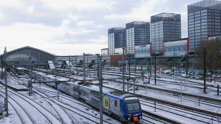 Un TER à la gare de Lille-Flandres (Nord), le 25 mars 2013 (photo d'illustration). (JACQUES LOIC / PHOTONONSTOP)