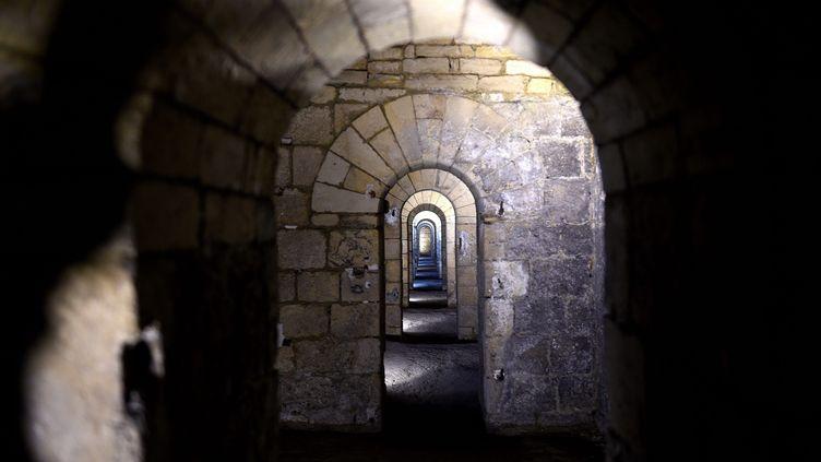 """Une galerie souterraine de la """"Montagne courronée"""" à Laon (MAX ROSEREAU / MAXPPP)"""